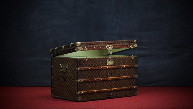 the-trunk-louis-vuitton-homepage-11