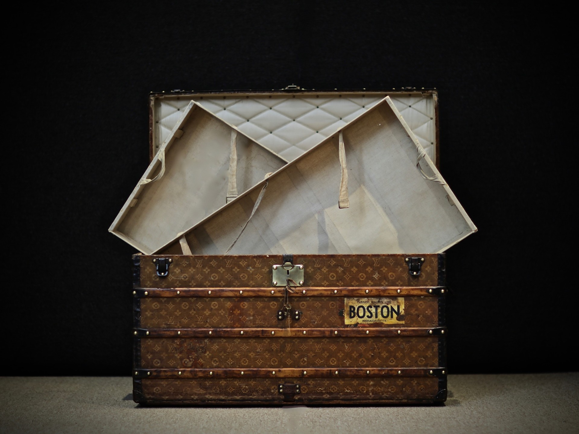 the-trunk-louis-vuitton-thumbnail-product-5623-4