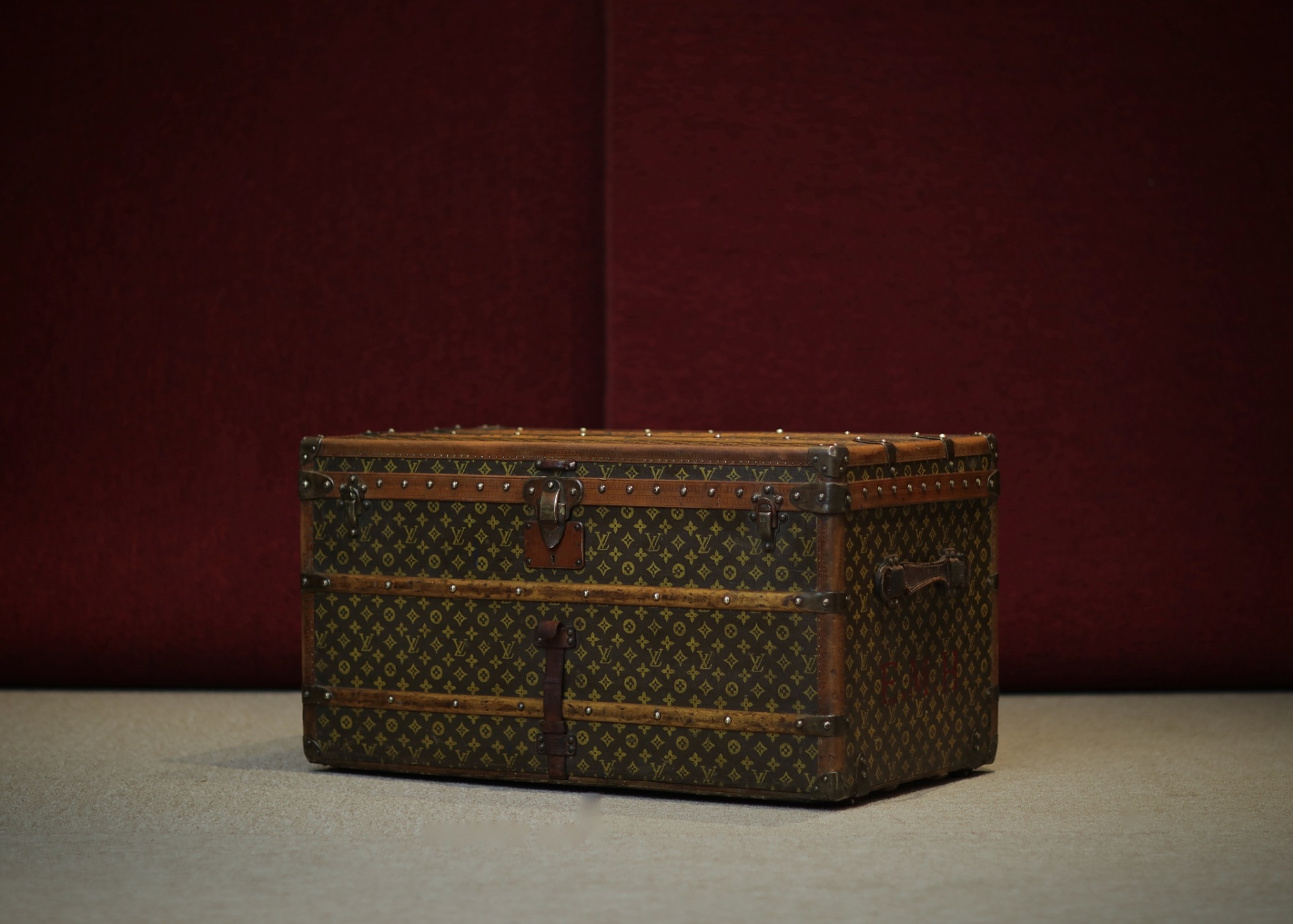 the-trunk-louis-vuitton-thumbnail-product-5625-1