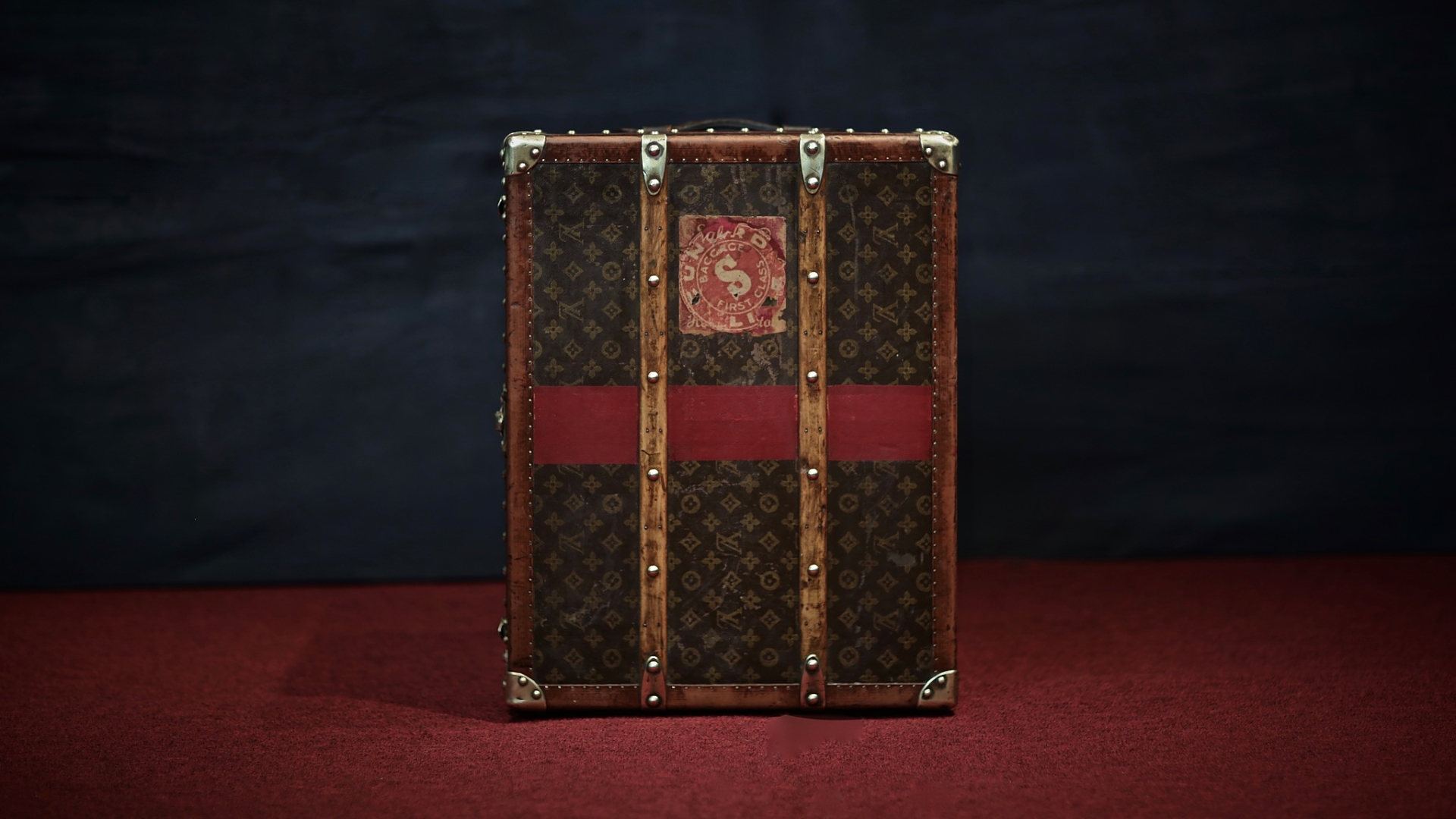 ... the-trunk-louis-vuitton-thumbnail-product-5603-2 ... 4b67bbafee7