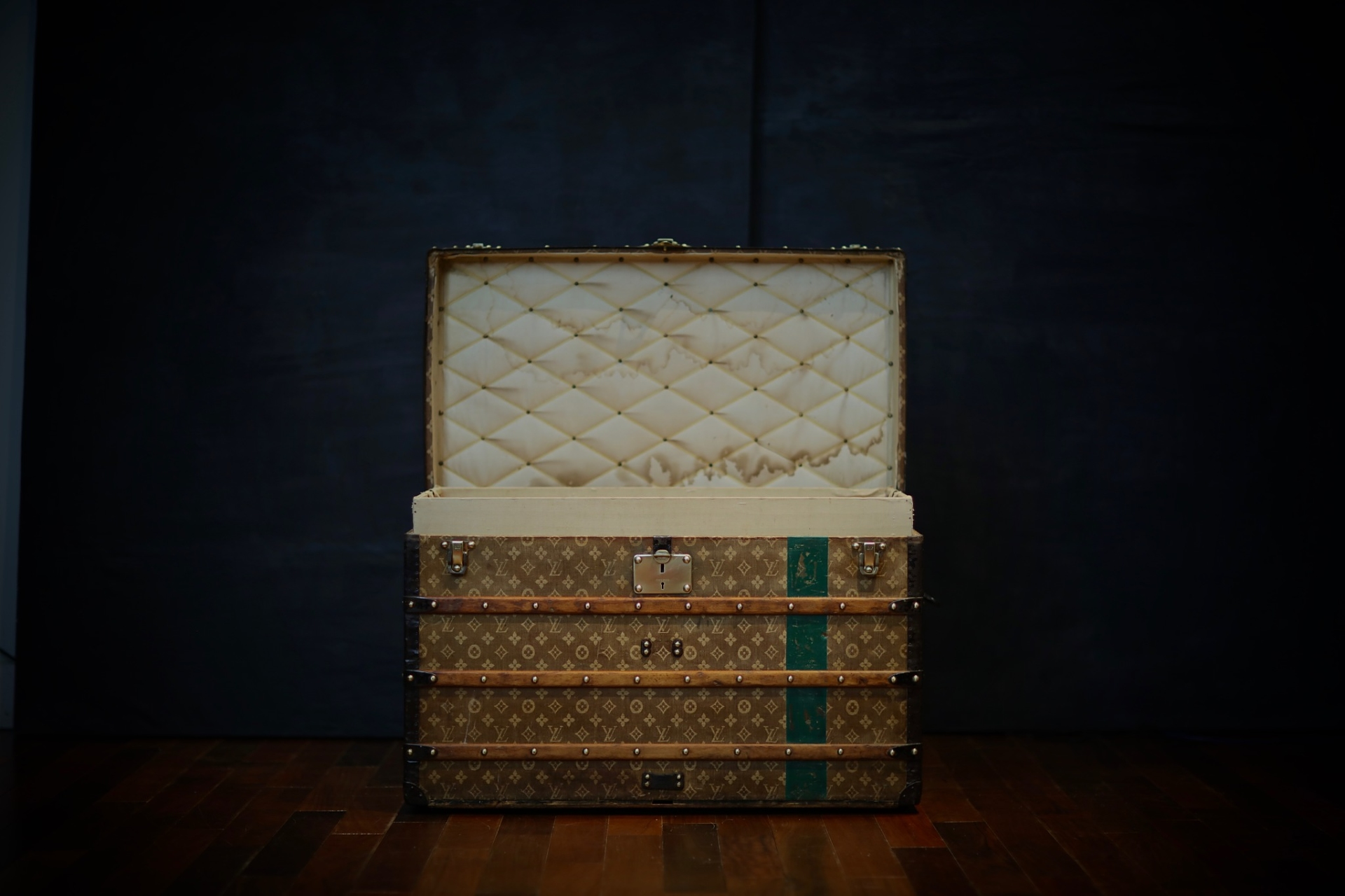 the-trunk-louis-vuitton-thumbnail-product-5633-5