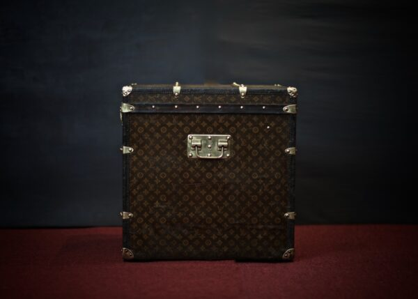 the-trunk-louis-vuitton-thumbnail-product-5638-3