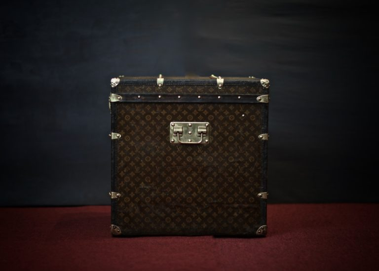 the-trunk-louis-vuitton-thumbnail-product-5638-3