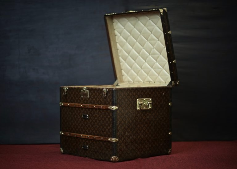 the-trunk-louis-vuitton-thumbnail-product-5638-4
