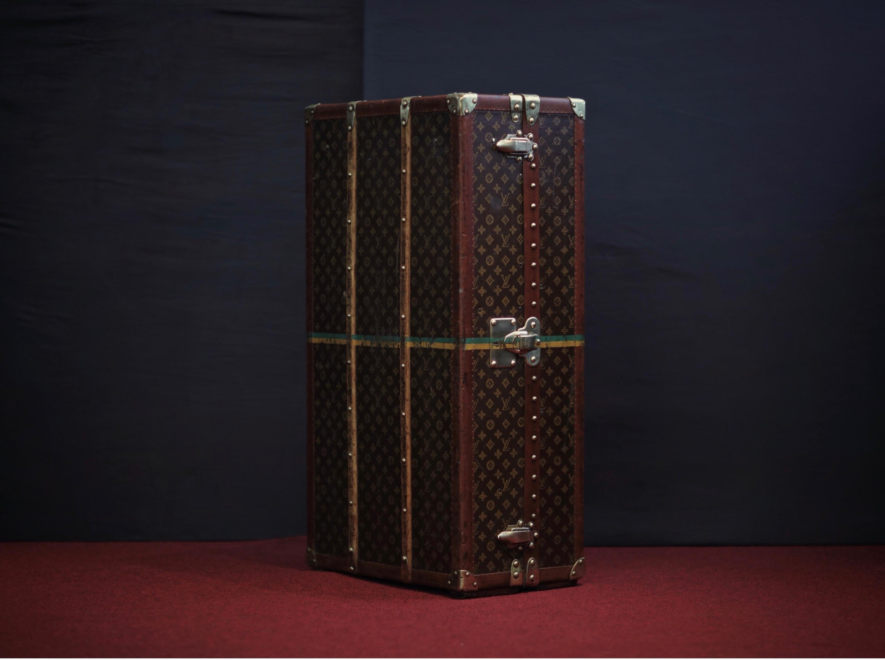 the-trunk-louis-vuitton-thumbnail-product-5640-1
