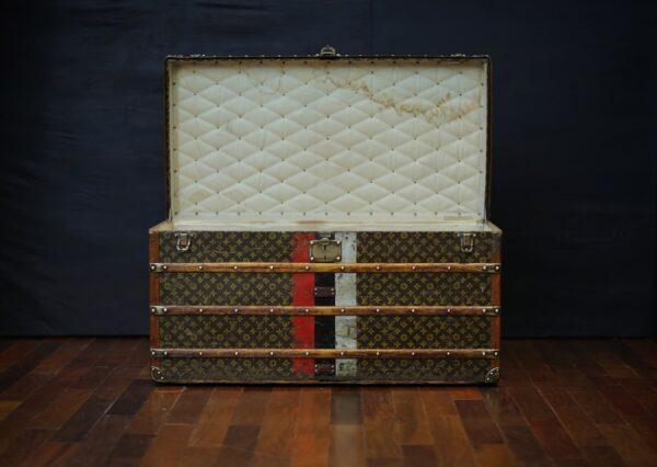 the-trunk-louis-vuitton-thumbnail-product-5642-2