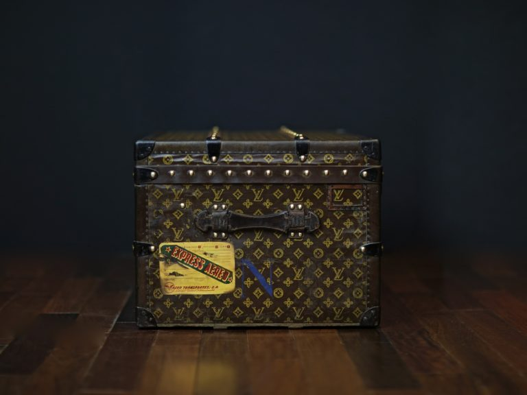 the-well-traveled-trunk-louis-vuitton-thumbnail-product-5654-4