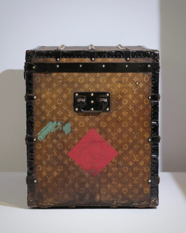 aveled-trunk-louis-vuitton-thumbnail-product-5670-4