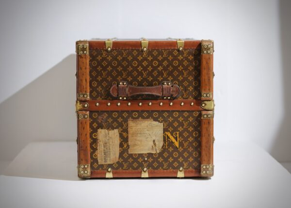 aveled-trunk-louis-vuitton-thumbnail-product-5675-2