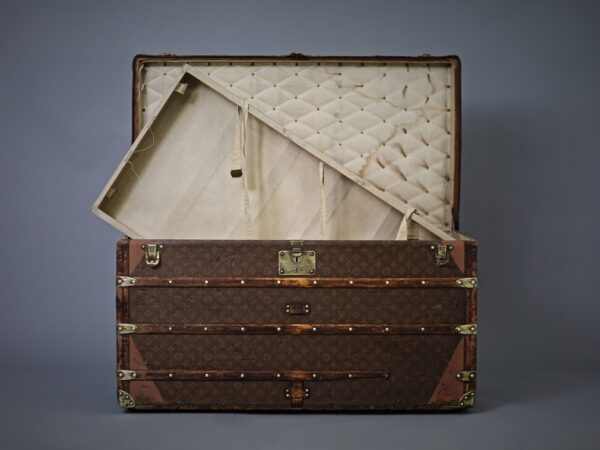 aveled-trunk-louis-vuitton-thumbnail-product-5685-9