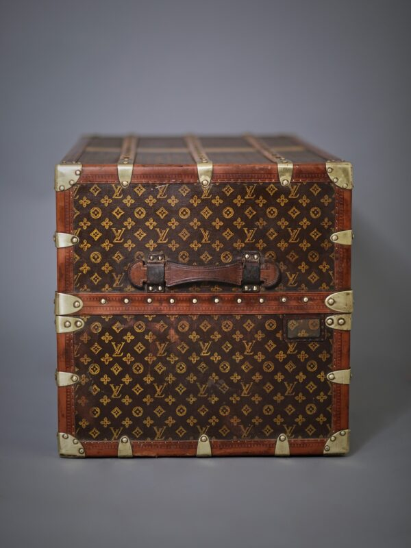 -well-traveled-trunk-louis-vuitton-thumbnail-product-5686-6