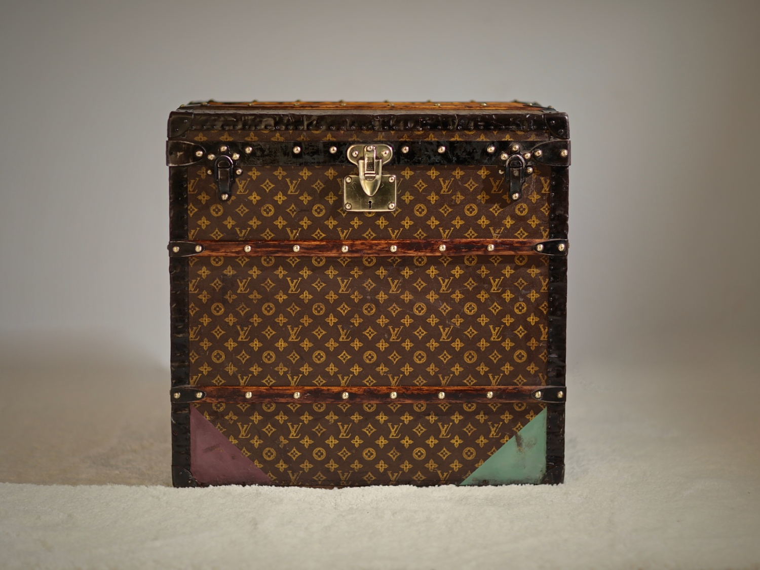 unk-louis-vuitton-thumbnail-product-5690-9