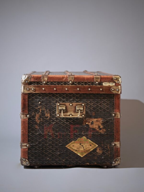 eled-trunk-goyard-thumbnail-product-5700-1