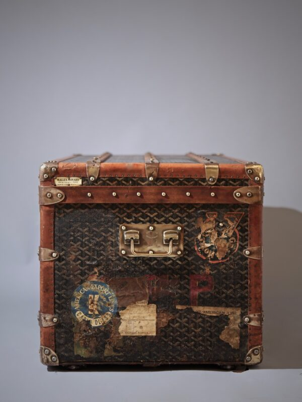 eled-trunk-goyard-thumbnail-product-5700-3