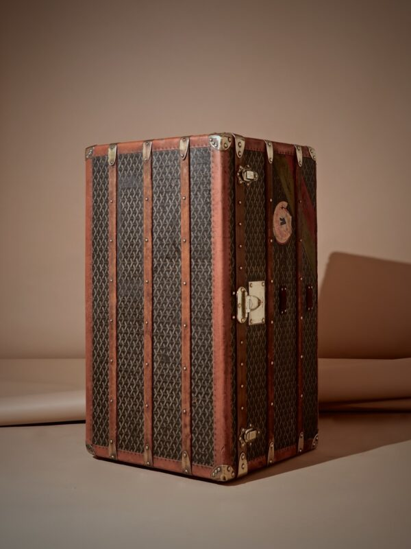 eled-trunk-goyard-thumbnail-product-5700C-3