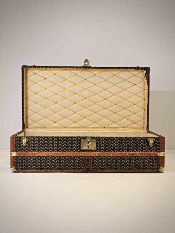 eled-trunk-goyard-thumbnail-product-5703-1