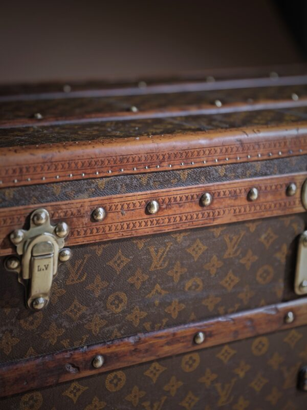 e-well-traveled-trunk-louis-vuitton-thumbnail-product-5719-5