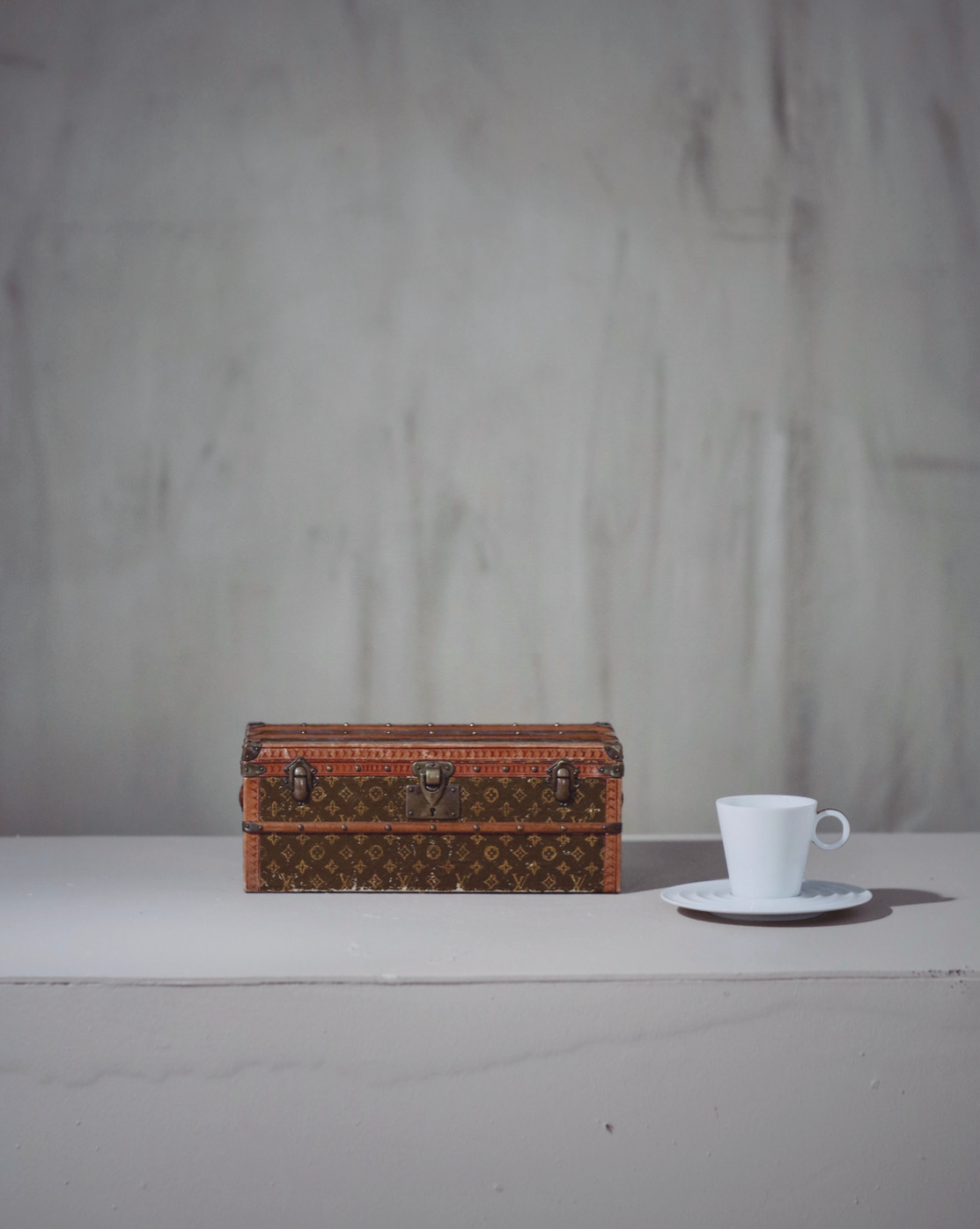-traveled-trunk-louis-vuitton-thumbnail-product-5723-10